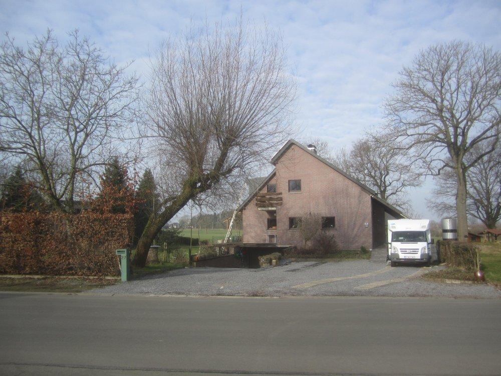 Aire camping-car à Eynatten (4731) - Photo 1